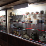東濃 焼き物 陶芸家 作品棚